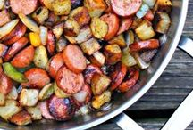 Yummy Eats / Recipes and meal ideas / by Camile Mick