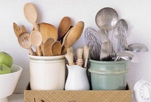 Kitchen Gadgets and Storage / by Camile Mick