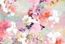 Floral / by Ariana Pérez