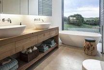 Bathroom / by Quentin Gascard