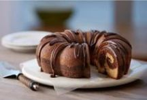 Topped with HERSHEY'S Syrup / Delicious treats topped with HERSHEY'S Syrup. / by HERSHEY'S Chocolate