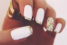 cute nails.. / by Maddalena De Chiara