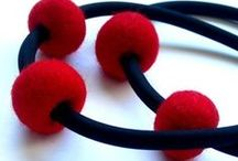 Inspiration - Felt Necklaces / The most gorgeous examples of felt necklaces I could find!