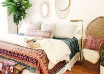 Bedroom / Bedroom decor that is bright and calm. Boho, rainbow on white background, lots of plants, natural elements, and more.
