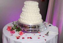 wedding cakes / Wedding cake ideas from The Pinewood Hotel, near Slough, Uxbridge, South Buckinghamshire