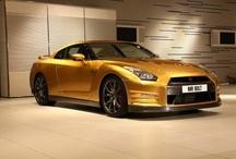 'Bolt Gold' Nissan GT-R