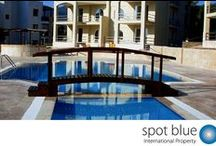 Apartments for Sale in Altinkum, Turkey / We offer an award winning Turkey Real Estate service helping you find the ideal property in Turkey. Please Contact us now to discuss your Turkey property requirements. For less than £30k (correct at time of writing) you can buy a 2 bedroom apartment on the coast in Altinkum, often furniture will be included in the price. There you have a fantastic holiday home for you and your family to enjoy the 300 days of sun, sea and sand from. You can also rent out the property when not in use.