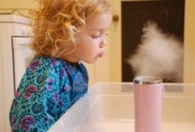 Playful Science for kids / Fun and simple science experiments for kids. Easy ways to help kids understand the world around them and ignite their curiosity for all things science!