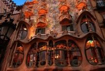 Interesting Buildings ! Cool / by Karyn Plaud-Rosy