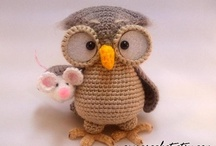 DIY : Amigurumi / Crochet small things coming from Japan / by Val Arts