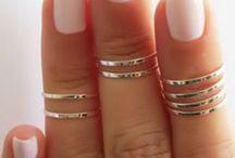 Nails / by Stephanie Garrido