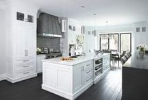 Kitchens that Kook / Kitchens and kitchen flooring for Westchester County NY.  Hardwood and tile for kitchen floors and beautiful color combos.