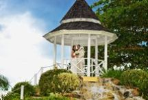 Real Weddings / See how real weddings and memories are made at Jewel Resorts.
