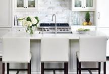 Kitchens / by Alison Reid