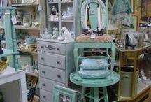 Market stalls amd Merchandising / by Kathy Luty