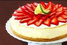 CAKES: Cheesecakes / by Lotta Thoresen