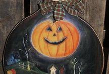 Halloween / by Lisa Donegan