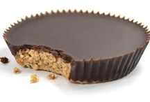 Meet the Bandito / Stop that peanut butter chocolate cup crave instantly! The Bandito is the luxury Paleo answer to a chocolate peanut butter cup, WITHOUT the peanut butter! This little extravagance has an almond butter base with a top layer of pure chocolate lightly sweetened with honey. Almond flour, roasted almond butter, coconut oil, honey, cacao butter, flax meal, dried unsweetened coconut, cacao powder, vanilla extract, sea salt.