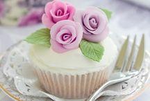 Cupcakes / by Grace Arredondo