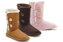 Diabetic & Orthopedic Footwear / Diabetic & Orthopedic Shoes - Comfort and quality are exactly what the doctor ordered. Dr. Comfort shoes, slippers, socks and inserts are designed to keep your feet healthy — today and tomorrow.  Available at Knueppel HealthCare Services
