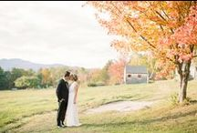 Autumn Wedding Inspiration / There's nothing as gorgeous as an autumn wedding- the leaves changing colors, the weather is crisp but not too cold, and holiday season is around the corner.
