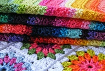 DIY – Crochet Blankets / Häkeldecken / A collection of crochet blankets and afghans I find inspiring or somehow special concerning colors and pattern. / Häkeldecken, dich ich inspirierend oder anderweitig interessant finde, da sie besondere Farben oder Muster haben.