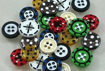 Button Crafts / by Nancy Thorpe