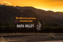 Visit Napa Valley / A selection of beautiful photos and news articles about the legendary Napa Valley.