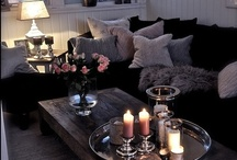Family Rooms/Living Rooms / by Natalie Arnold