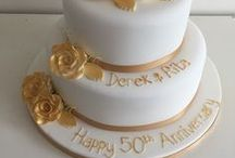Anniversary cakes / A selection of bespoke anniversary cakes