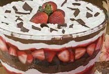 Sweets to Make - Yum / by Cheryl Harbolic-Gilmore