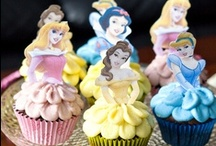 Cakes and other Creations / by Sylvia González