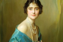 Royal Portraits / female royals in all their glory