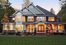 Suburbia - Home Designs & Curb Appeal / by Danielle Thompson