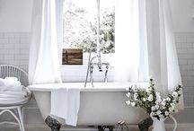 LUXE {BATHROOM} / Home décor / renovation ideas for an airy and luxurious Bathroom / Restroon / Toilet