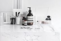 MARBLE O'CLOCK / My intense fetish for white marble stuff. Inspo on how to UP your home décor / style with marble prints