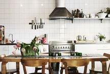 in the kitchen / Kitchen design, cookware & crockery, table layouts and dining areas.
