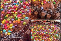 LAYER CAKES / Tourta cakes