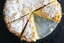 Sweet / Plein d'idées de bons desserts à faire....un jour! / by Marie-Françoise Berriot