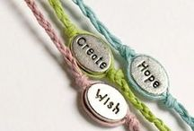 DIY Jewelry / Bracelets, rings, necklaces, and other accessories and DIY projects to make them.