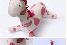 DIY Stuffed Animals & Toys / Patterns and inspiration for DIY stuffed animals and toys.