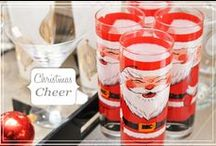 Christmas Cocktail Party Time / Christmas time is party time! Tips, decor and recipes for hosting the most festive Christmas Party of the season! Cheers!