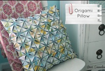 Pillows / Who doesn't love pillows? Here's a collection of great ideas for pillows for all levels of craftiness!