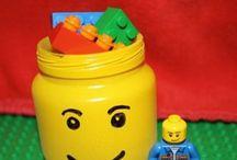 Everyone loves LEGO / Everything LEGO!