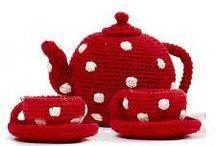 RED & WHITE POLKADOTS (for Sophie) / Sophie, die van rood met witte stippen houdt.. en paddestoelen! ;)