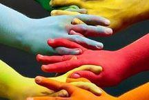 Kracht van diversiteit / Ik geloof in de verrijkende/verreikende kracht van diversiteit.  - Het opent perspectieven.  - Het voedt creativiteit.  - Het vergroot, verbreedt en versterkt je netwerk.  - Het geeft toegang tot meer kennis en informatie.