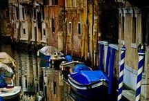 Venice: The Floating City / Venice is truly one of the most fascinating and charming places in the world. This magical city is renowned for its art, architecture, culture, and, of course, its canals!