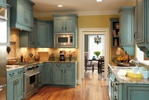 KitchYEN / Kitchens I totally yen for and would give a lot of yen for. / by Dana Parkes