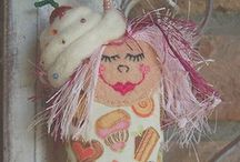 Dotee Dolly / 4inch dolls, no arms, no legs, loop at top and beaded tail, they all have a theme