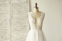 Tulle Bridal Gowns / Wedding dresses and bridal gowns made of tulle, e.g. tulle skirt, etc.